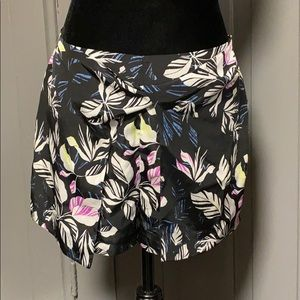 Olive & Oak Tropical Print Wrap Front Shorts